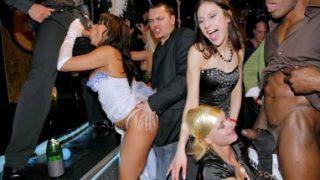 Yobaz erkekler porno izlerken yakalandı
